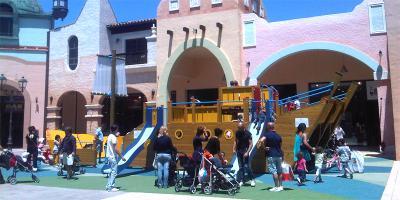 Area giochi - Fashion District Molfetta (Bari)